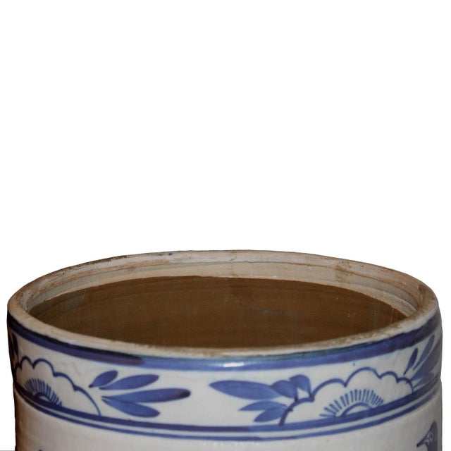 Blue & White Grain Pot - Image 4 of 5