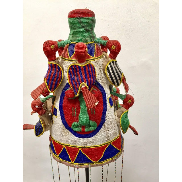 African Yoruba Nigeria African Royal Beaded Headdress Crown on Stand For Sale - Image 3 of 13
