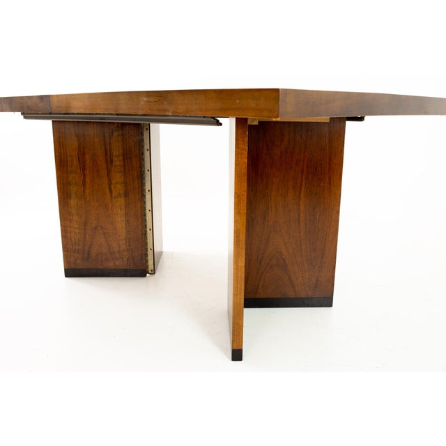 Lane Furniture Paul Evans Style Lane Mid Century Brutalist Patchwork Walnut Pedestal 10 Person Dining Table - Set of 3 For Sale - Image 4 of 9