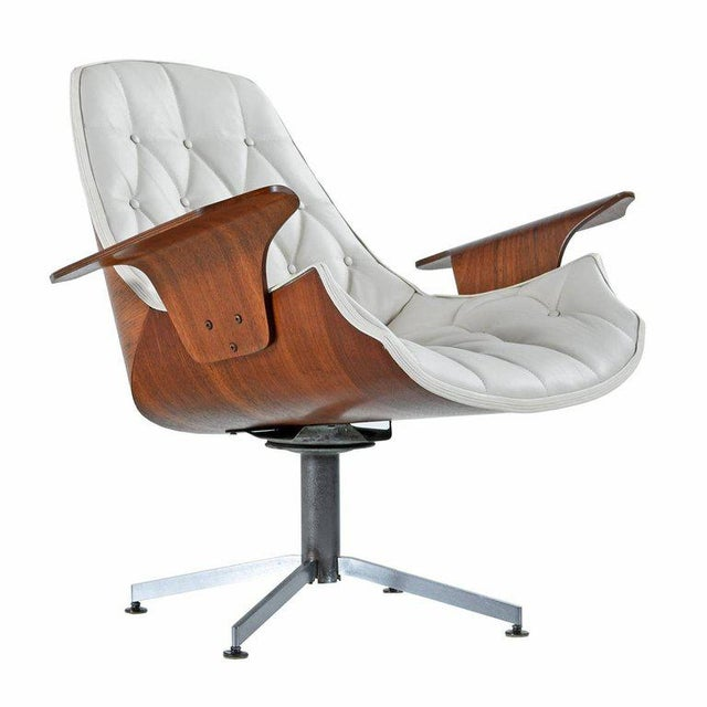 Animal Skin Tufted White Leather Plycraft George Mulhauser Horn Chair For Sale - Image 7 of 7