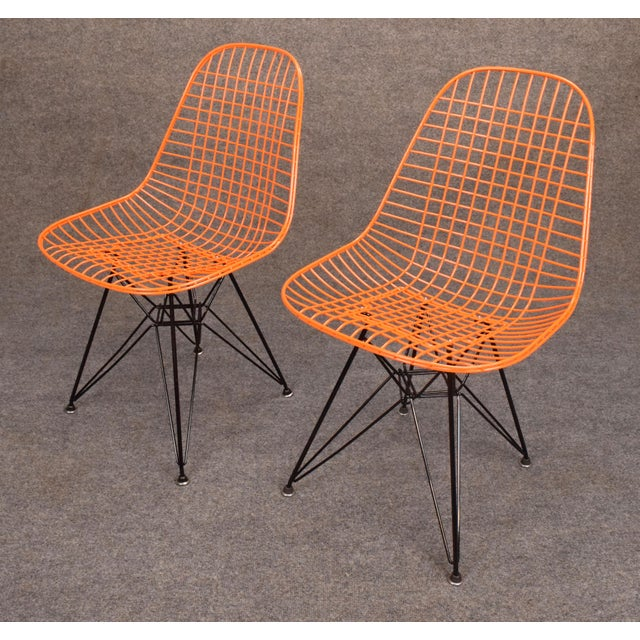 This listing is for one chair only. Here is a fully restored iconic Eames DKR wire chair designed by Charles Eames in 1951...