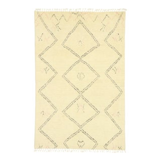 Contemporary Moroccan Rug - 04'10 X 07'05 For Sale