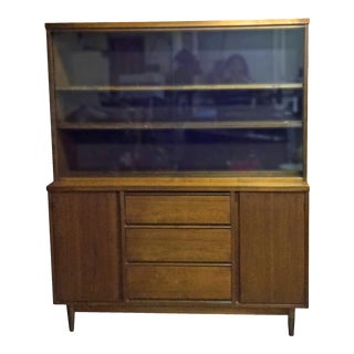 Vintage Mid-Century Modern Wooden Hutch China Cabinet For Sale