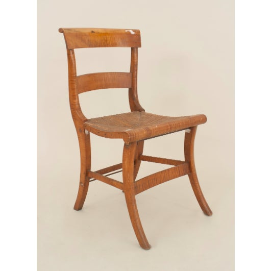 Set of 4 American Country Federal style (19th Cent) tiger maple side chairs with a stretcher and rush seat