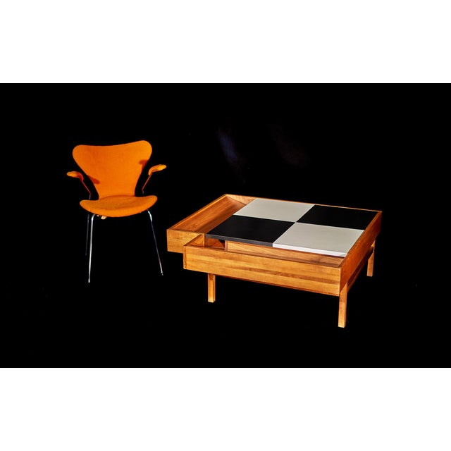 Brown Saltman Coffee Table Designed by John Keal for Brown Saltman Checked Surface Lifts to Reveal Storage Circa 1950s For Sale - Image 4 of 10