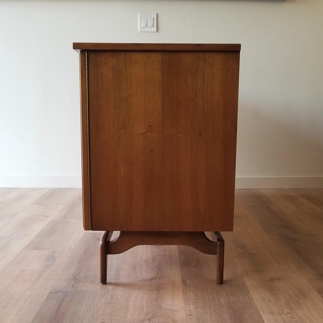 Mid-Century Modern Oak Credenza For Sale In Seattle - Image 6 of 13