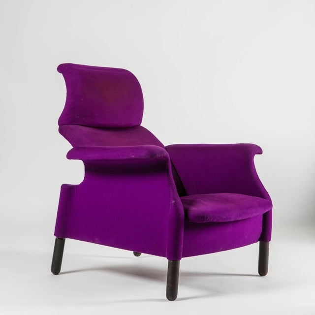 """Italian Pair of """"Sanluca"""" Lounge Chairs by Castiglioni for Gavina For Sale - Image 3 of 10"""