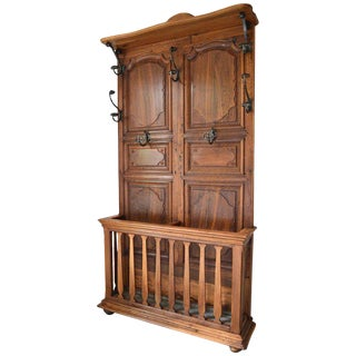 French Provincial Louis XV Coat Rack in Carved Chestnut and Wrought Iron For Sale