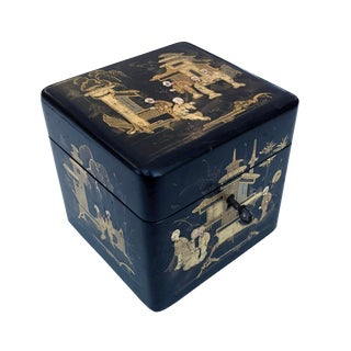 A Charming English Regency Japanned Square-Form Tea Caddy For Sale