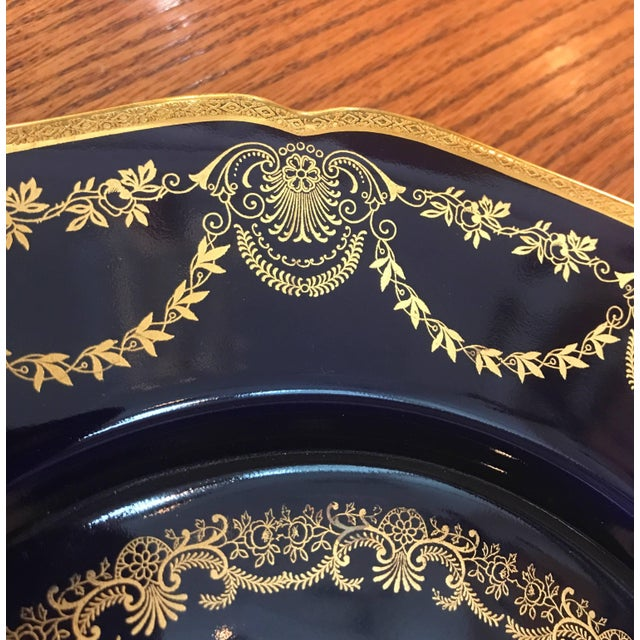 20th Century Edwardian Sumptuous Cobalt and Gold Service Dinner Plates - Set of 10 For Sale - Image 4 of 10