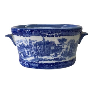 1970s Chinoiserie Blue & White Cache Pot For Sale