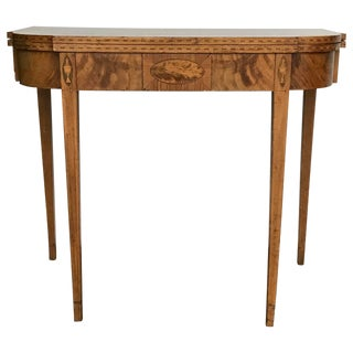 Late 18th Century Antique American Mahogany Flip Top Game Table For Sale