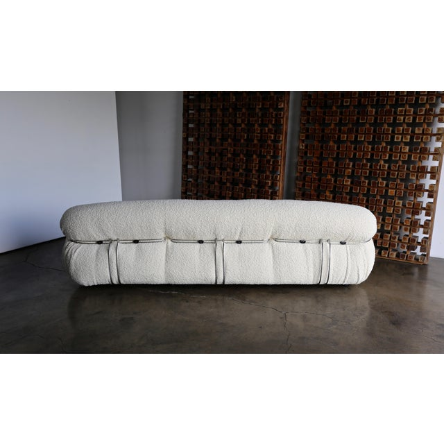 Late 20th Century Afra & Tobia Scarpa Soriana Sofa for Cassina in Bouclé For Sale - Image 12 of 13