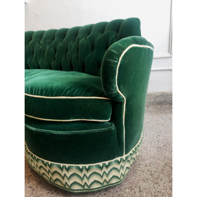 Green Mohair Curved Tufted Sofa - Image 4 of 6