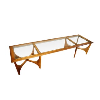 Mid Century Modern Walnut Coffee Table by Lane For Sale
