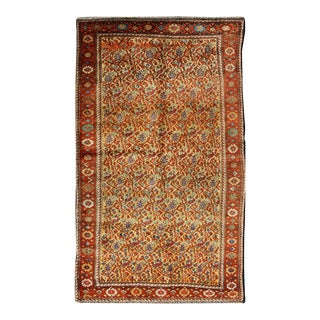 Antique Serab Rug With Cream Background and Flowers or Paisley Pattern For Sale