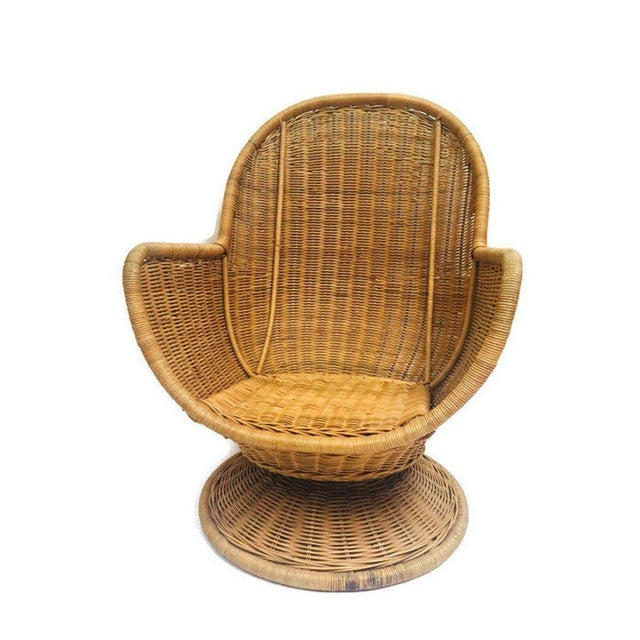 1980s Vintage Sculpted Rattan Egg Chair Swivel Wicker Club Chair For Sale In Richmond - Image 6 of 13