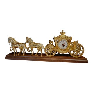 1940s Vintage United Clock Co. Gold Spelter Royal Horse and Carriage Electric Clock For Sale