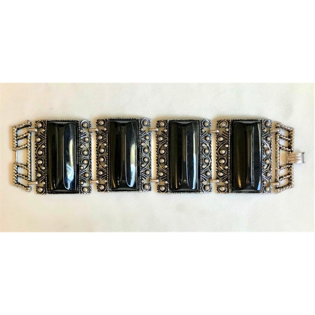 Mid-Century Modern 1950s Silver Tone & Black Thermoset Lucite Bracelet For Sale - Image 3 of 7