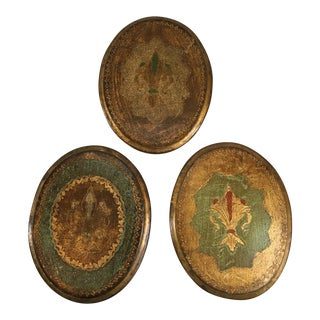 Florentine Gilt Wood Fleur-De-Lis Wall Plaques - Set of 3