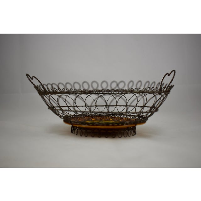 Late 19th Century Villeroy & Boch Majolica & Heart Handled Wire Basket For Sale - Image 5 of 10