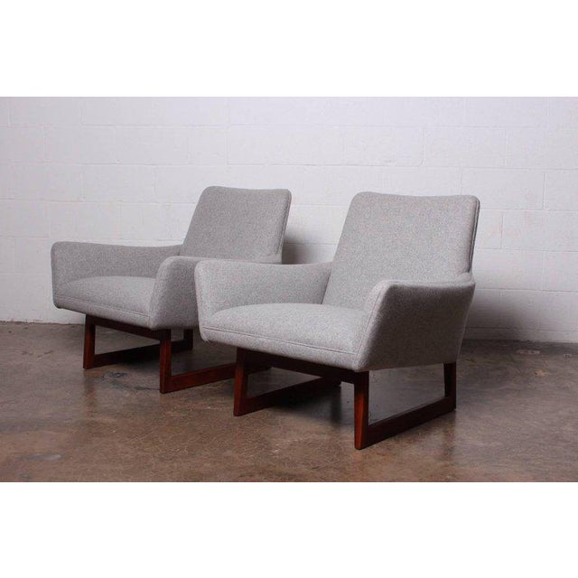 Pair of Lounge Chairs by Jens Risom For Sale In Dallas - Image 6 of 13