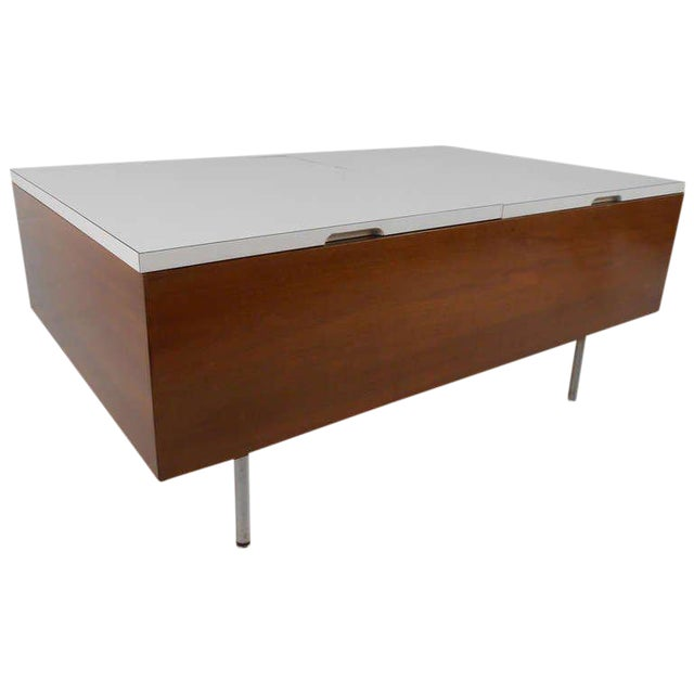 George Nelson for Herman Miller Mid Century Modern Coffee Table For Sale