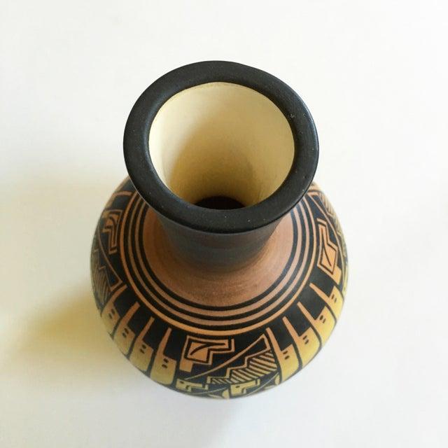 Vintage Djaik Navajo Vase For Sale - Image 4 of 5
