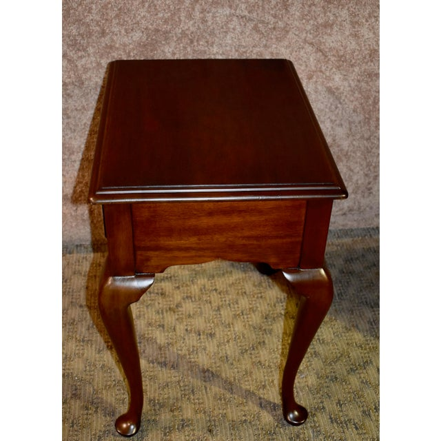Queen Anne 1970s Queen Anne Henkel-Harris Solid Cherry Side Table W/Drawer For Sale - Image 3 of 12