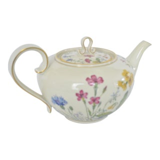 Wild Meadow Flowers Pristine 5-Cup Teapot