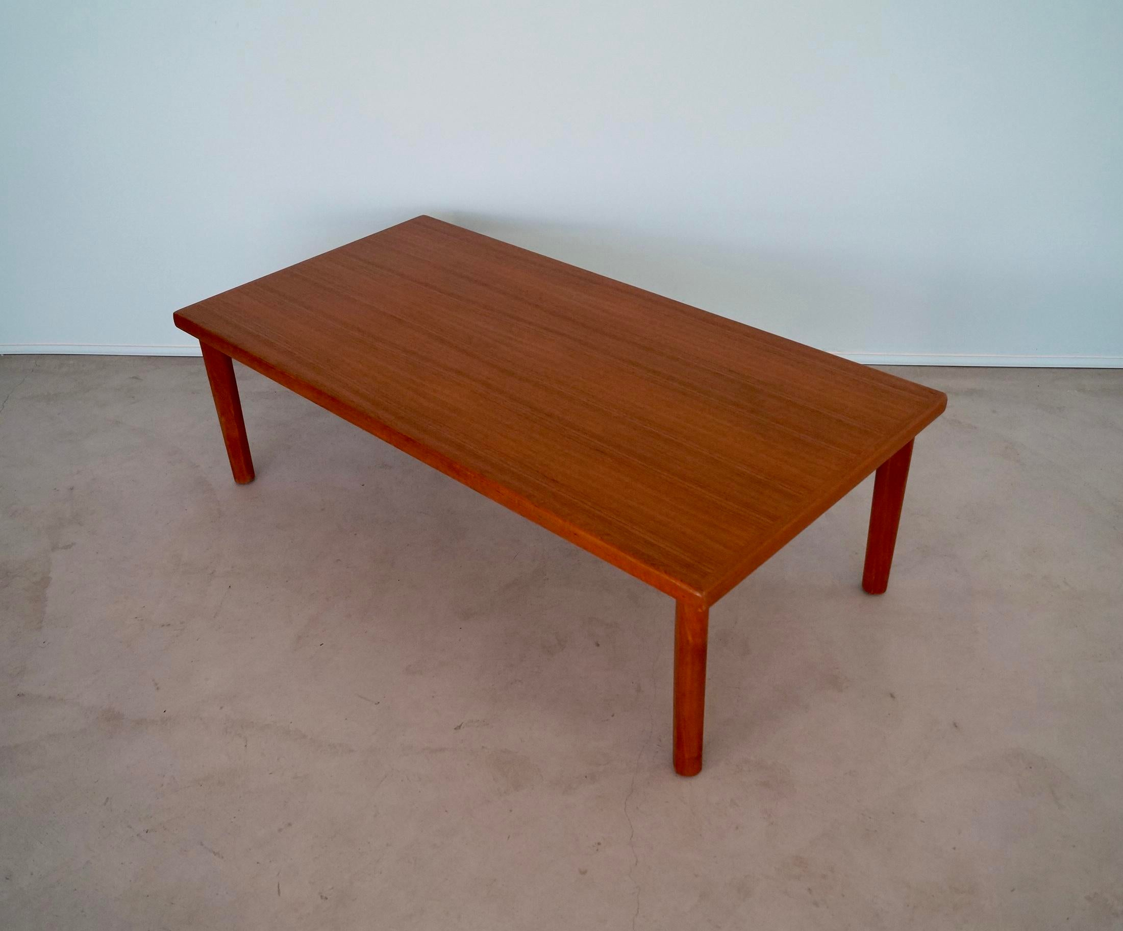 Incroyable Vejle Stole U0026 Møbelfabrik 1960u0027s Vintage Danish Modern Vejle Stole Teak Coffee  Table For Sale