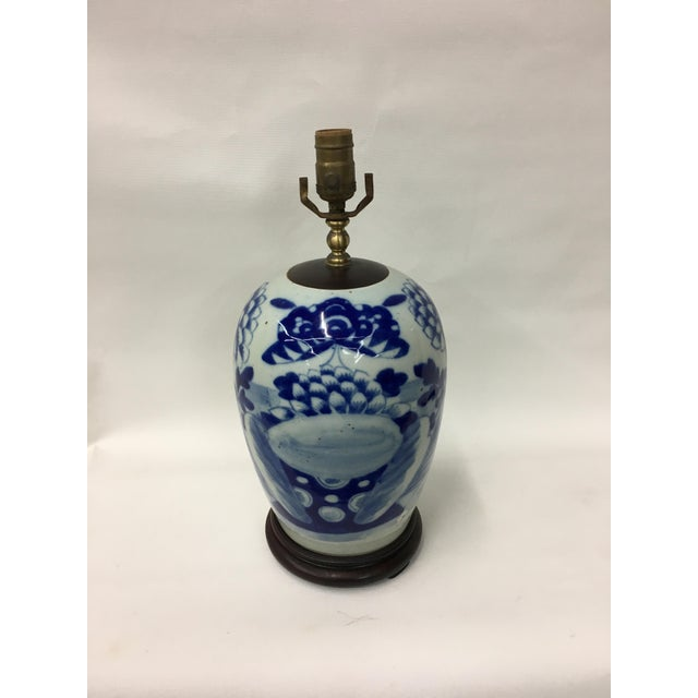 Asian Late 19th Century Chinoiserie Celadon Blue & White Porcelain Table Lamp For Sale - Image 3 of 4