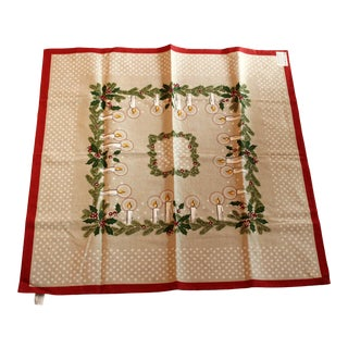 1990s Vintage Beautifull Christmas Printed Tablecloth Made of Cotton and Linen For Sale
