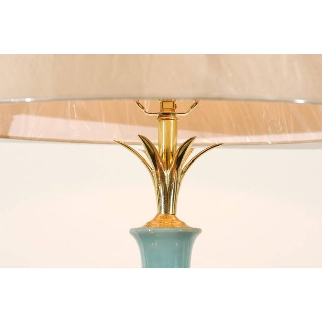 Chic Pair of Large-Scale Drip Glaze Ceramic Lamps in Caramel and Sultanabad Blue For Sale - Image 5 of 11