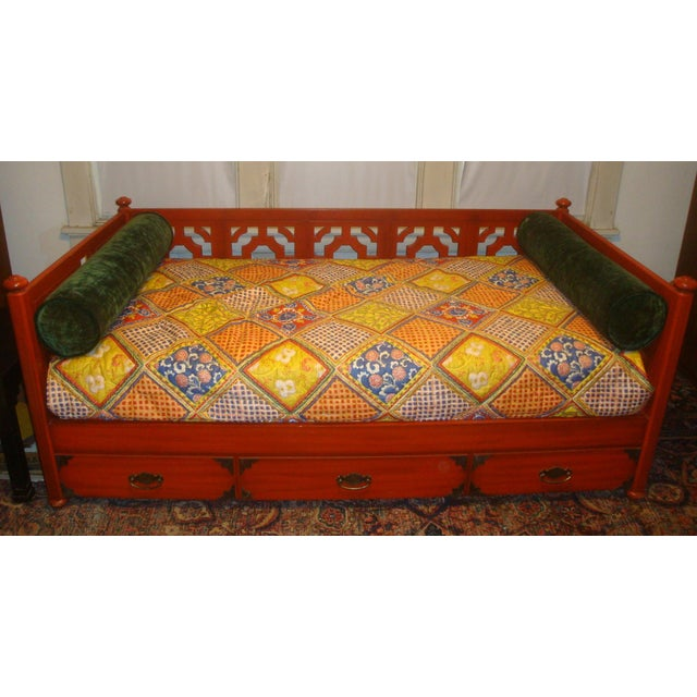 This 1970s era daybed was designed to perfectly hold a twin mattress and box spring, so it can comfortably be used as a...