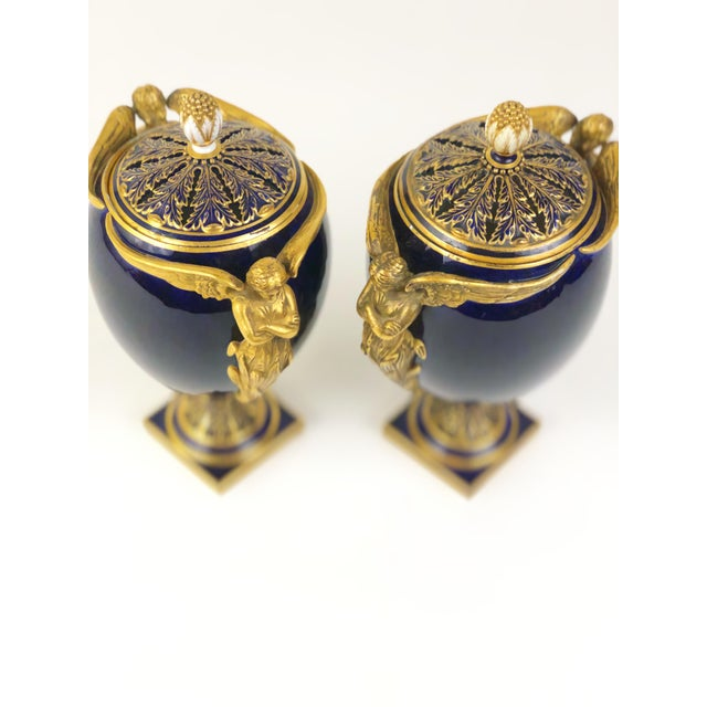 Art Deco Mid 19th Century English Kerr & Binns Blue and Gilt Fine Bone China Pomander Urns - a Pair For Sale - Image 3 of 6