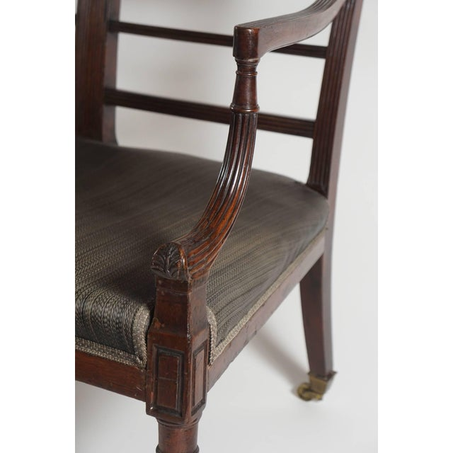 Mahogany Settee, England, Circa 1795 For Sale In New York - Image 6 of 10