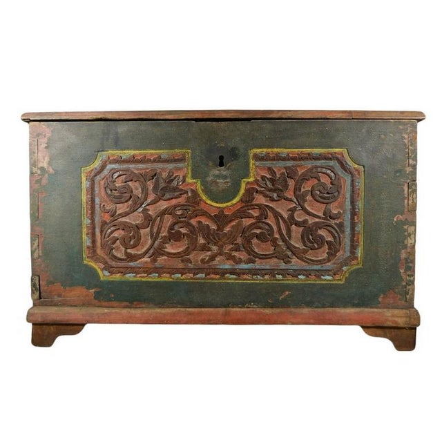 Asian Antique Indonesian Hand-Carved and Painted Trunk with Foliage's, 19th Century For Sale - Image 3 of 9