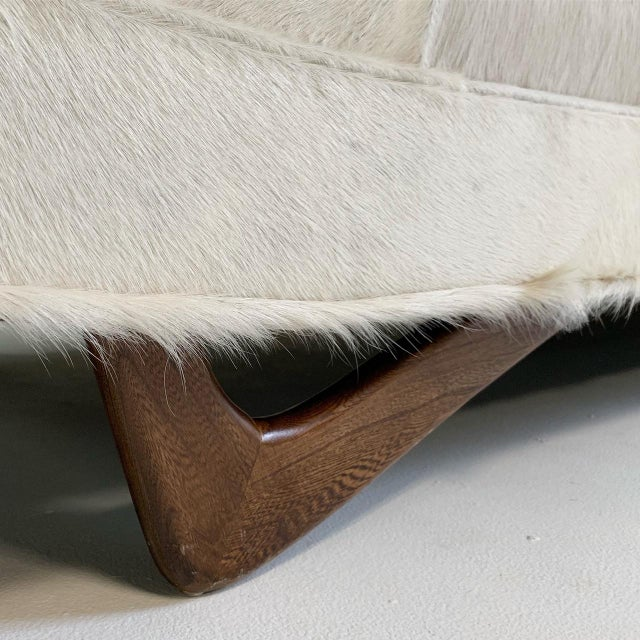 Animal Skin Adrian Pearsall Sofa in Brazilian Cowhide For Sale - Image 7 of 13