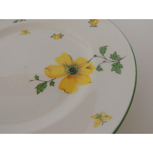 Late 20th Century Royal Victoria English White and Yellow Bone China Dessert Plate For Sale - Image 5 of 6