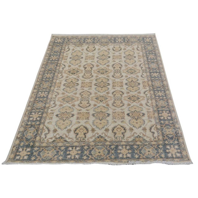 "Kafkaz Peshawar Robby Ivory/Gray Wool Rug - 4'0"" X 5'8"" A9490 For Sale - Image 4 of 7"