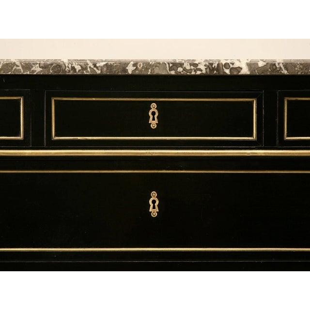Mid 19th Century Antique French Louis XVI Ebonized Mahogany & Marble Commode For Sale - Image 5 of 10