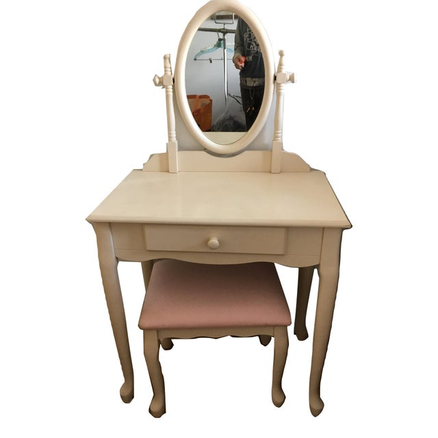 White Vanity With Mirror and Pink Stool Set For Sale - Image 10 of 10