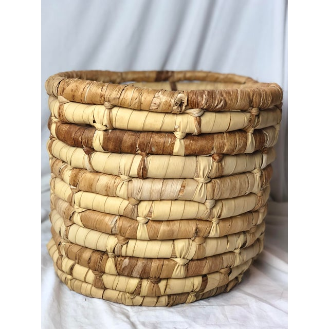 20th Century Boho Chic Cornhusk Basket For Sale In Houston - Image 6 of 10