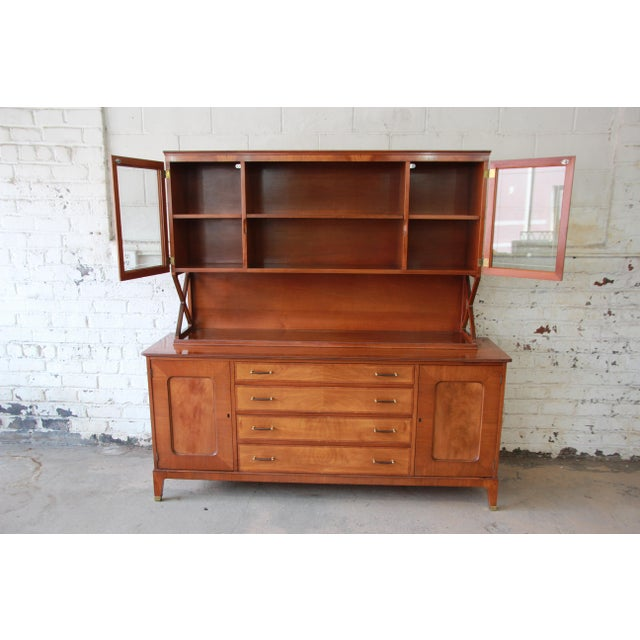 Italian Renzo Rutili for Johnson Furniture Co. Mid-Century Modern Sideboard Credenza with Hutch Top For Sale - Image 3 of 11