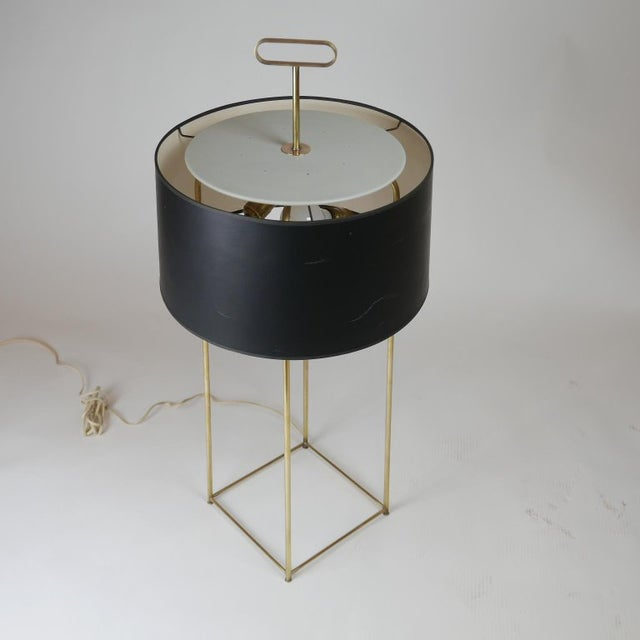 Mid 20th Century Tommi Parzinger Originals Model 19 Table Lamp in Brass For Sale - Image 5 of 12