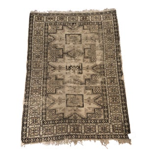 Uniquely Pattered Wool Rug For Sale