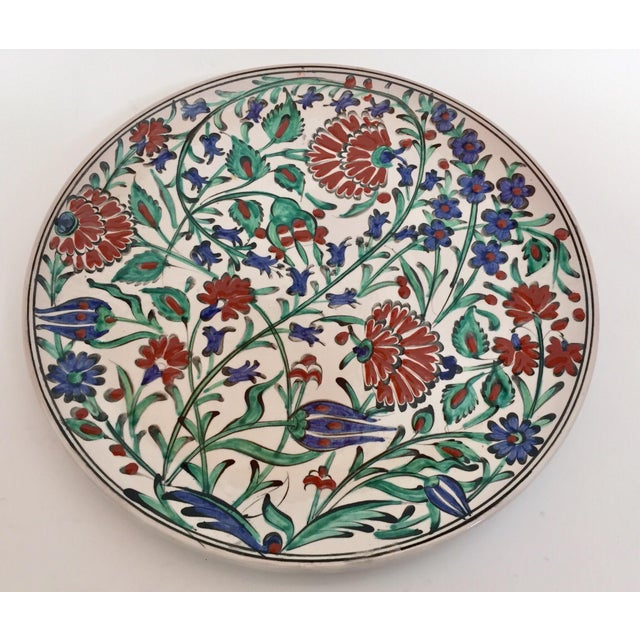 IKaros Hand Painted Carnations & Tulips Decorative Plates - a Pair For Sale - Image 9 of 12