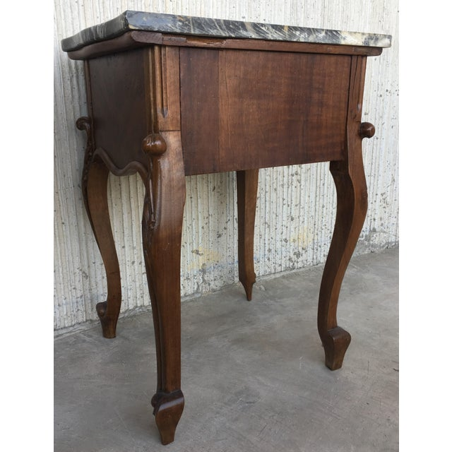 19th Century Pair of French Louis XV Carved Nightstands For Sale In Miami - Image 6 of 12