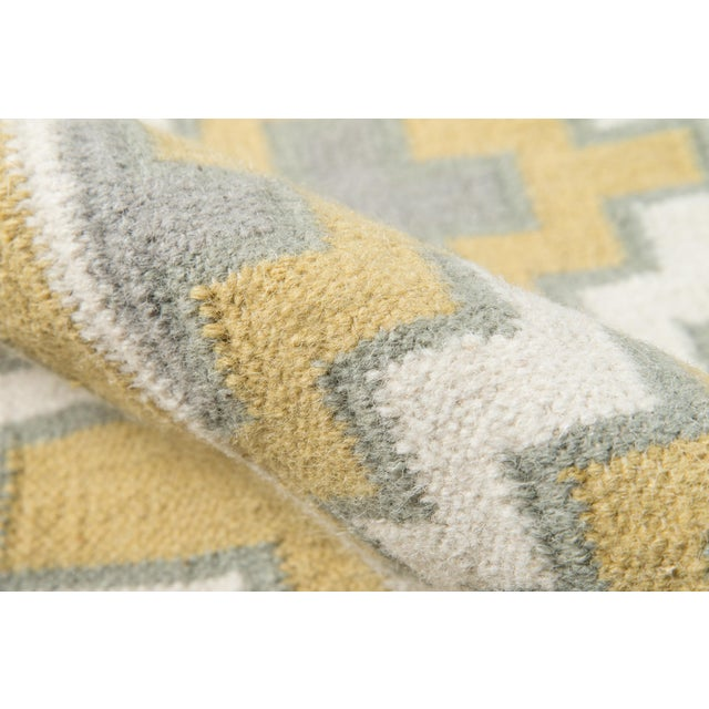 Erin Gates by Momeni Thompson Brookline Gold Hand Woven Wool Area Rug - 7′6″ × 9′6″ For Sale - Image 4 of 8